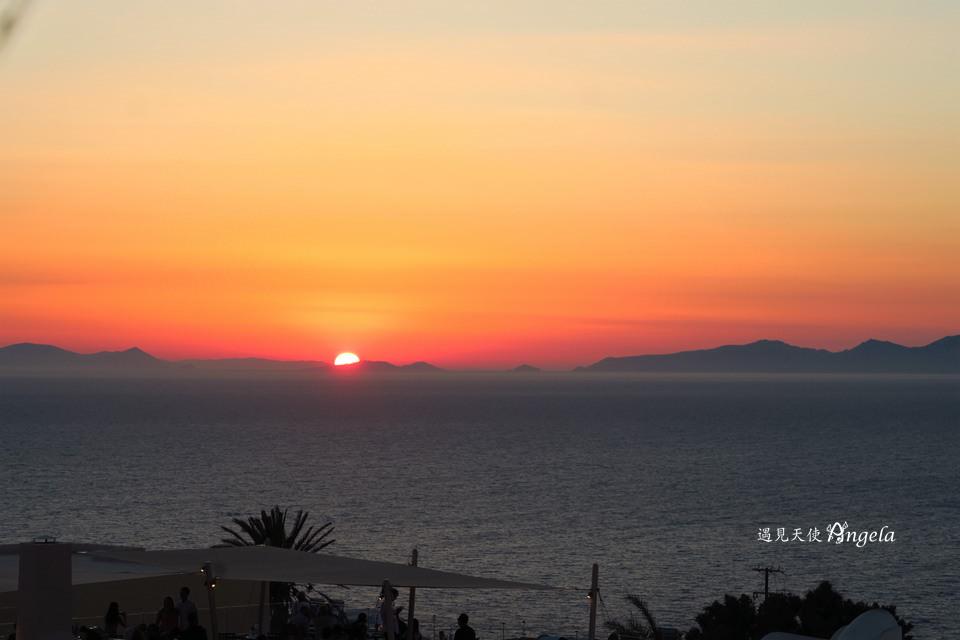 聖托里尼伊亞飯店夕陽