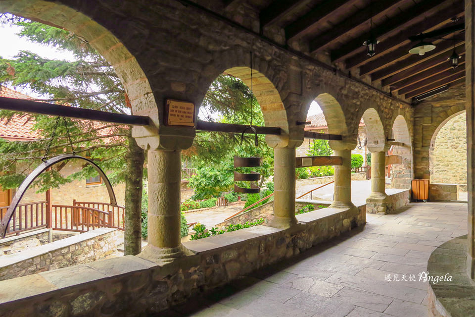 希臘天空之城最好走的修道院