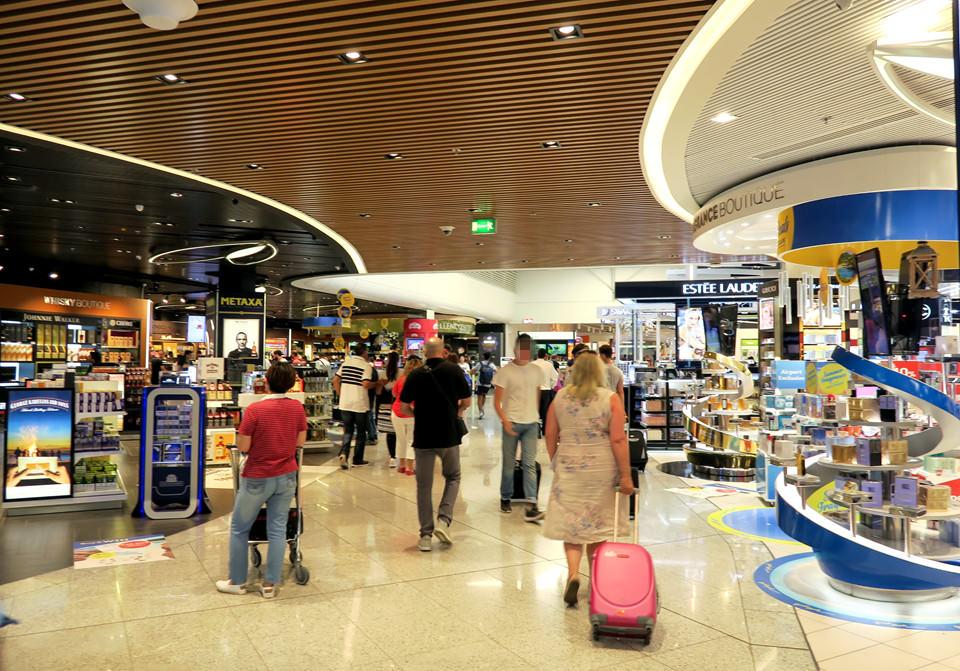 雅典機場免稅店