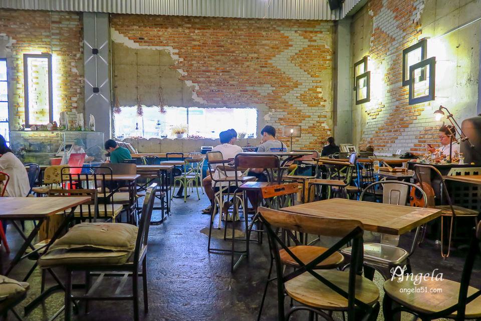 Vintage38 CAFE