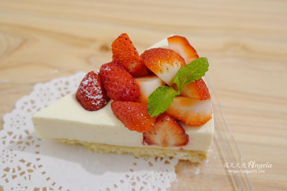 草莓山起司蛋糕