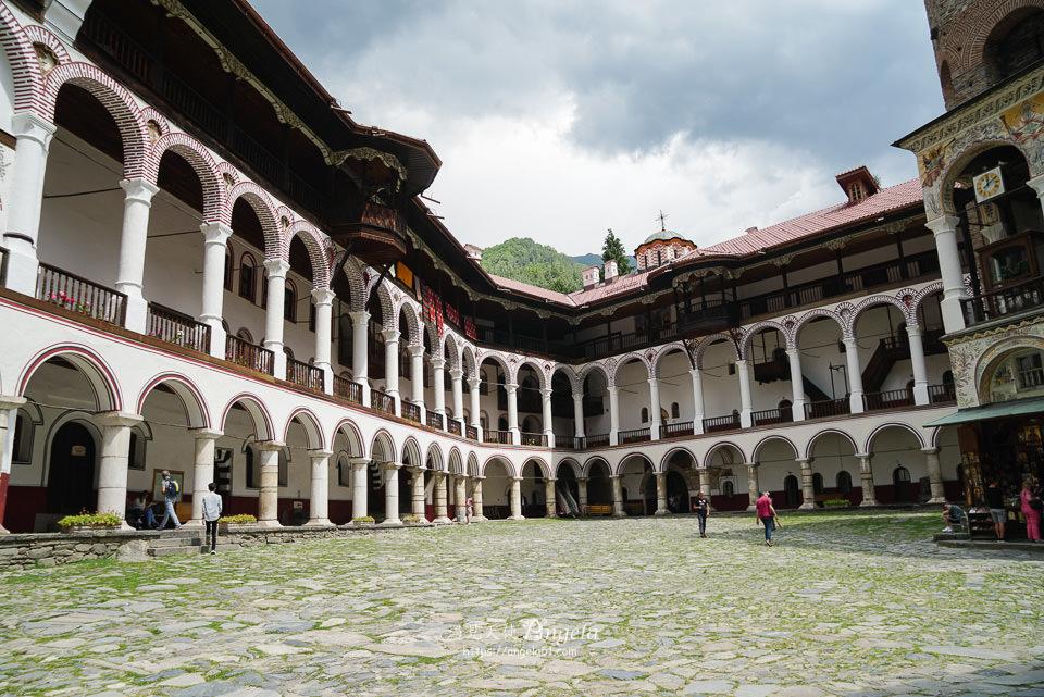 保加利亞必遊景點里拉修道院