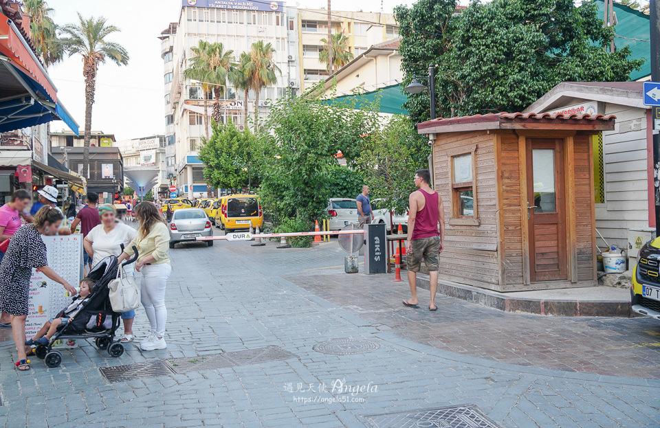 安塔利亞舊城區停車限制