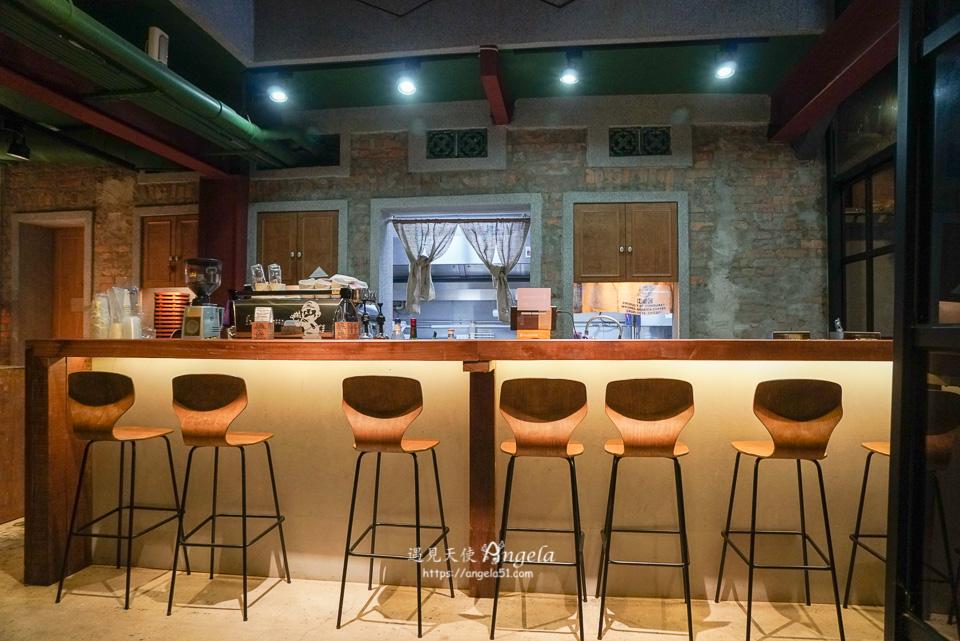 西門町不限時咖啡廳 如固咖啡