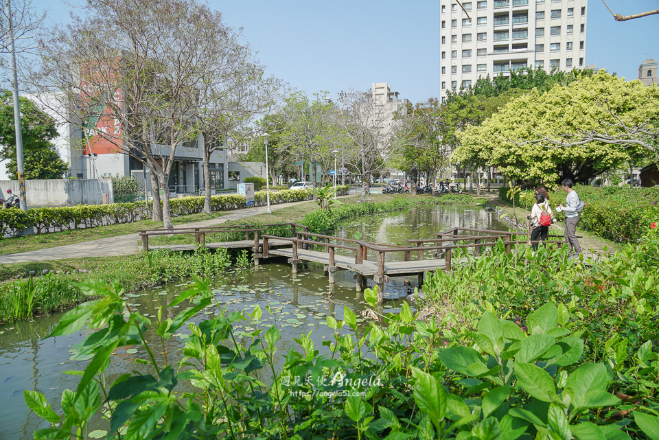 新瓦屋客家文化園區生態池