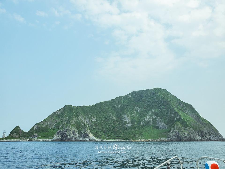 基隆嶼登島繞島上燈塔
