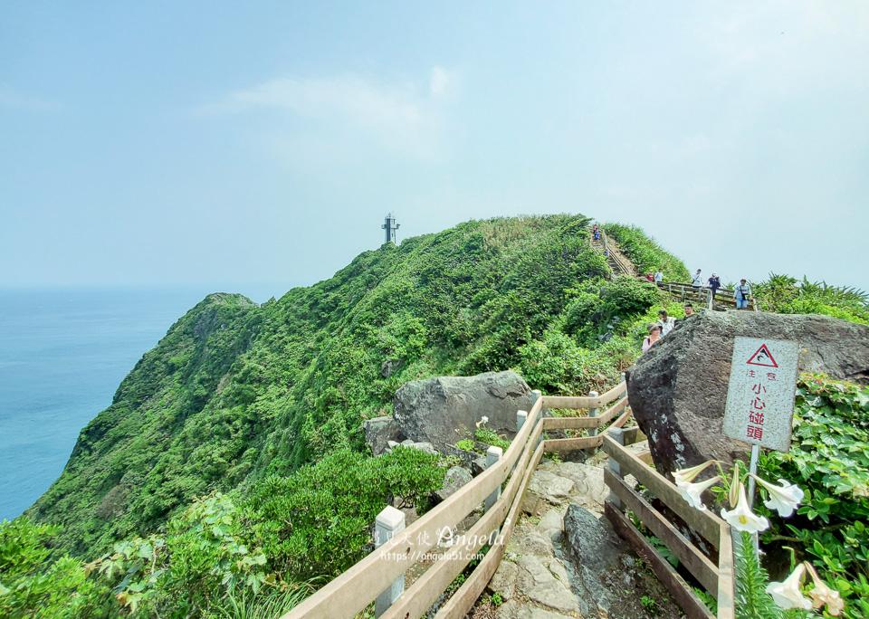 台灣龍珠基隆嶼上燈塔走步道